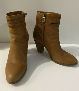 Walnut Tan Leather Ankle Boots, Sz 38