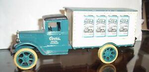Erkl 1931 Hawkeye delivery truck bank Diecast metal