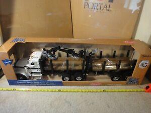 Tomy Big Farm, 1/16 model Peterbilt 367 Logging Truck, tractor trailer. New!