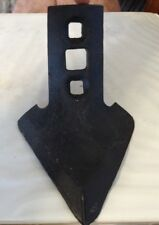 6083ba A New Cultivator Shovel Point For An Ih 144 F 144 Cultivators