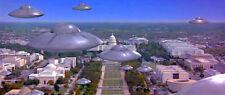 1996s MARS ATTACKS! flying saucer fleet Washington D.C. flyover color 4x10 scene