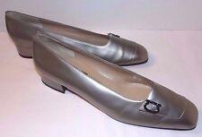 Silver Leather Salvatore Ferragamo Size 7.5 AA Pumps Metallic Accent Logo Narrow