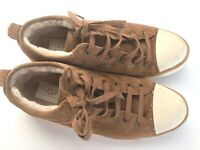 UGG AUSTRALIA EVERA 1888 Brown Suede Shearling Lining Tennis Sneaker Women's 9.5
