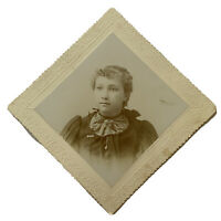 Antique Cabinet Card Photograph Beautiful Young Victorian Woman Teen Girl