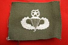 ORIGINAL N.O.S. WWII - KOREA M43 MASTER PARA PARACHUTE WING WHITE CLOTH