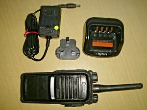 Hytera PD705LT 48ch UHF 400-470MHz DMR with charger, battery, clip & antenna #2