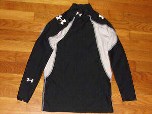 UNDER ARMOUR COLDGEAR LONG SLEEVE BLACK/WHITE COMPRESSION JERSEY BOYS LARGE