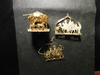 THREE METAL CHRISTMAS ORNAMENTS - 2 WISE MEN AND ONE CAROUSAL!   FF683UXX