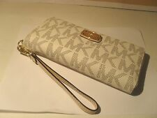 NEW Michael Kors Vanilla PVC MK Gold Jet Set Zip Around Travel Wallet Wristlet