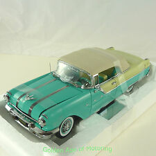 Sun Star 1:18 Pontiac Star jefe convertible (cerrados) Azul/Blanco 1955 5053