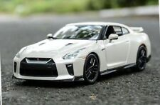 NISSAN GT-R 2017 1:24 Scale Metal Diecast Toy Car Model Models Miniature White