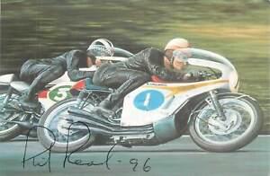 Motorcycle Postcard Mike Hailwood(Honda) & Phil Read(Yamaha) genuine signature
