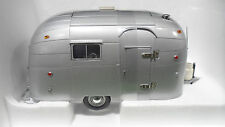 AIRSTREAM TRAILER Caravane Gris echelle 1/18 MOTOR CITY CLASSICS 91001 miniature