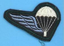 BELGIQUE - brevet parachutiste B fond bleu foncé