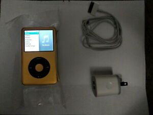 Apple iPod Classic 7th Gen Gold U2 limited edition 2TB 2000GB Terabyte 3000 mah