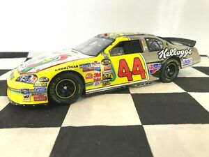 WHITE GOLD ELITE 1:24 Terry Labonte #44 Kellogg's 2006 Chevy DIN #22 of only 25