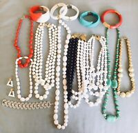 15 Pieces Estate Jewelry Lot Retro Clamper Multi Strand Monet Trifari Jones NY