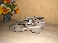 Edle Sandalette von MEISI NEU Gr. 5,5 38,5 F in taupe bronze & Leder HANDARBEIT