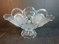 Vintage/Retro Clear and Frosted Glass Fruit Bowl