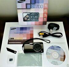 Samsung ST700 Digital Camera, 16.1MP, Front Screen (DualView), 32GB SD, NICE