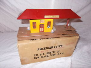 AMERICAN FLYER #274 HARBOR JUNCTION FREIGHT STATION IN ORIGINAL BOX LOT #L-225