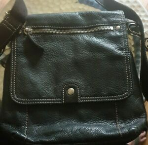 Fossil  Black Leather Cross Body Bag 75082