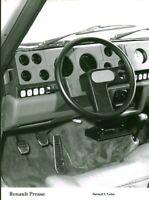 Photo de presse ancienne automobile voiture Renault 5 Turbo usine Billancourt