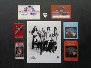 DOOBIE BROTHERS,B/W promo photo,6 Original Backstage passes,Guitar pick