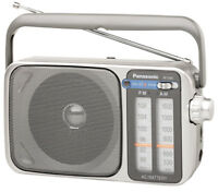 Panasonic RF2400D Portable AM/FM Radio (Silver)