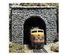 Woodland Scenics C1255 One Random Stone Single Track Portal 1:87 Scale/HO Gauge