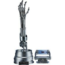 1:1 T-800 ENDOSKELETON ARM & BRAIN CHIP TERMINATOR 2 SIDESHOW REMOTE ARM M/MENTS