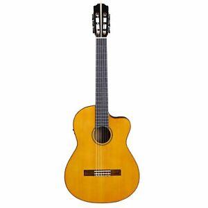 Customer Returned Artist HG500CEQ Solid Cedar Top Classical Guitar with EQ