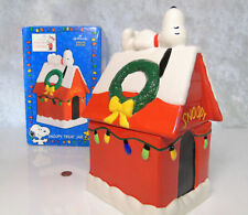 NEW Hallmark SNOOPY TREAT COOKIE JAR Dog House A Charlie Brown Christmas Special