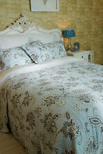 SUPER KING 100% COTTON FINELY STITCHED DUCK EGG BLUE PAISLEY QUILTED BEDSPREAD