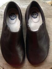 Lowered My Price***Ladies Brown Leather EARTH Shoes 7.5 M