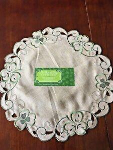 "Cutwork Table Placemat Burlap St Patrick's Day Irish Clovers Shamrock 15"""