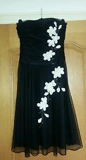 DEBUT.  BLACK LITTLE BLACK  COCKTAIL DRESS  SIZE 6. NET. SEQUIN BANDEAU FABULOUS