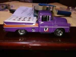Liberty classic Pick-up purple 1:24 scale diecast model truck used loose w key