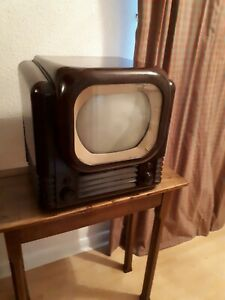 Rare Vintage Bush Television TV22 Bakelite, 1950 for Collectors or Film Prop.
