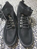 GUEES GMYAN For Men shoes Size 9