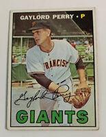 1967 Gaylord Perry # 320 San Francisco Giants Topps Baseball Card HOF