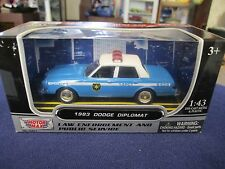 Motor Max 1983 Dodge Diplomat NYPD NYC New York Police Blue & White 1:43 O Scale