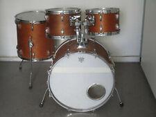 Vintage Drumset Pearl - Kessel mit aktueller Yamaha und Gretch-Style Hardware