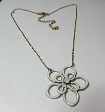 LOVELY WHITE ENAMEL FLOWER PENDANT NECKLACE GOLD PLATED opal glass stone 16""