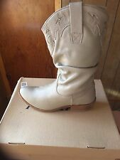 women leather taupe cowboy boot