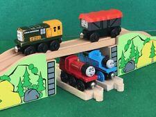 TRAIN BRIDGE for THOMAS AND FRIENDS WOODEN RAILWAY & BRIO TRAIN ENGINE TOY SET