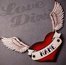 Personalizzato Tatuaggio Cuore Rosso con Ali Collana Rockabilly