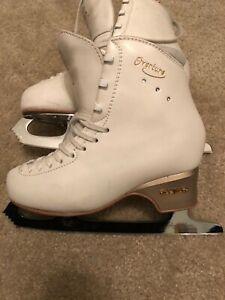 Edea Overture skates 240 with John Wilson Coronation Ace Blades