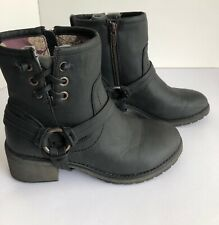 ROXY Women's Ankle Boots Smythe Size 6.5 Zipper Shoe Lace Detail