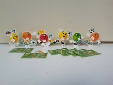 RAR 6 sehr seltene Mini M&M Figuren Fussball + Beipackzettel Konvolut